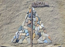 Stone and driftwood art by tamas kanya by tom-tom1969