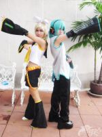 Vocaloid Mikuo x Rin by basilicum84