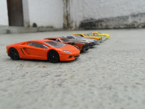 the ultimate hot-wheels drag-race 1436 by El-Macaquito