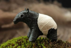 Little tapir totem by hontor