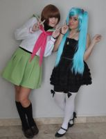 Ringo Oginome and Miku Cosplay by KagamineL