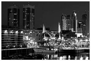 Puerto Madero at night by mbaione