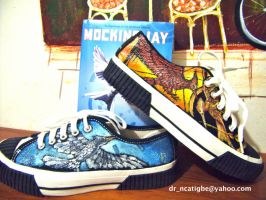 fan_art on shoes Hunger Games by alcat2021