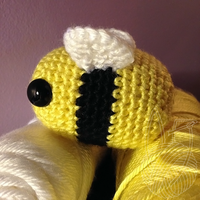 New Bumble Bee Side View by theyarnbunny