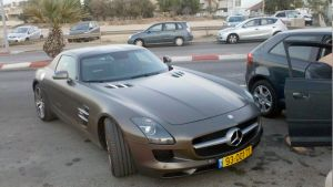Mercedes-Benz SLS AMG 3 by daharid