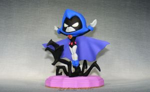 Raven's Claw by TheLittleSculptor