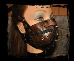 leather Muzzle by Lagueuse