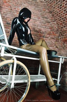 Fetish Victim by kinkystyle