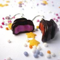 Chocolate drop earrings by drrtymagic