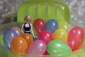 Balloon pool by sheska