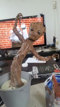 Baby Groot Added some colours by IronMask90