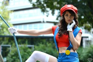 Super Mario Girl! by BlueBlackDiamond
