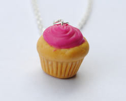 Cupcake Necklace by ClayRunway