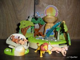 .:TLK 2 -UK Polly pocket- Playset:. by Pega-Flair