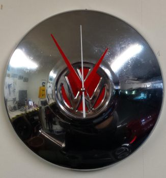 VW Hubcap clock by TacoAce