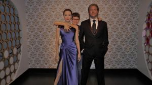 We're all good friends (madame tussauds) by Albme94
