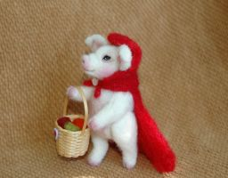 ooak needle felted pig by amber-rose-creations