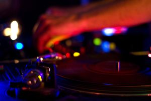 Keep 'em Spinning DJ. by osrek