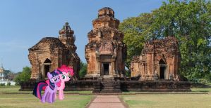 Twily and Pinkie at Prasat Sikhoraphum by laopokia