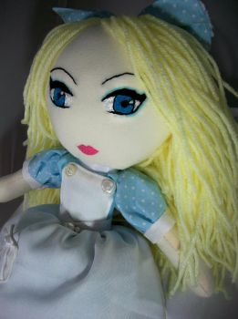 Patchwork Alice in Wonderland by dollmaker88