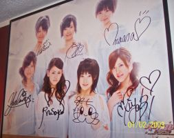 Signed by Berryz by thenacken