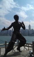 Bruce Lee statue by Thurosis