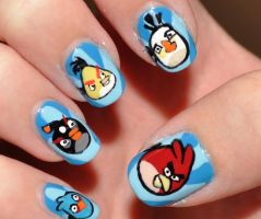 ANGRYBIRD NAILS ! :D by PeaceAndLove96