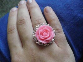 silver ring w/ pink rose by Rainbowkitty-Designs
