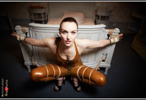 Dutch Dame by Marcus Gloger by ropemarks