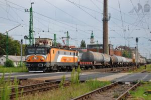 600 002-4 with freight train in Gyor in july, 2012 by morpheus880223