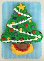 Christmas Tree CupCake by theshaggyturtle