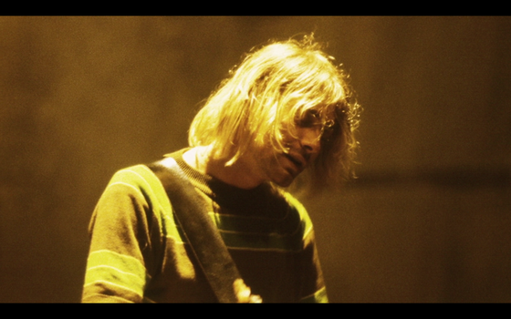 Kurt Cobain playin Teen Spirit by cobain1337