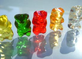 Gummy Bear Tanning by DreamsCatchMe
