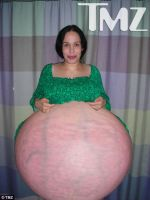 Octomom-nadya-suleman-pregnant-picture by no1drwhofan
