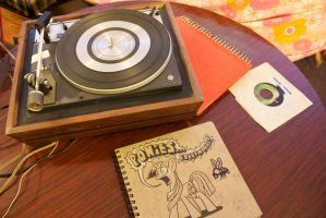 Record Player with Sketch book by OwenneiL