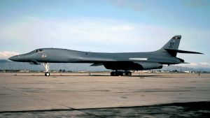"B-1B with a ""DY"" Tail Code by F16CrewChief"
