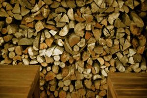 Wall of logs by seeARTend