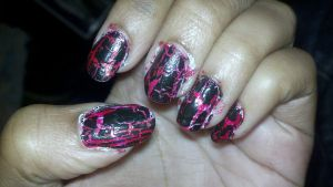 red and black nails by Devilgirl007