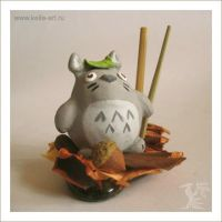 Totoro by Keila-the-fawncat