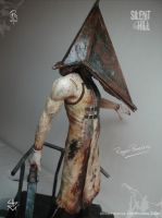 Pyramid Head. The firsts Pictures 2 by RogerPereira