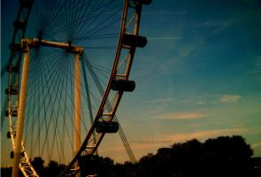 Singapore Flyer III by syarahtoot