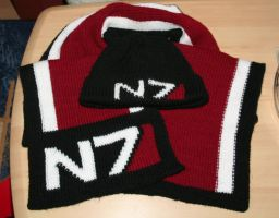 N7 winterset - scarf and hat by rex3cutor