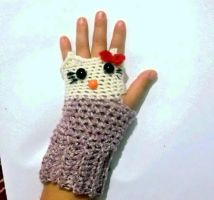 Hello Kitty Fingerless Gloves Crochet Pattern by PatternStudio