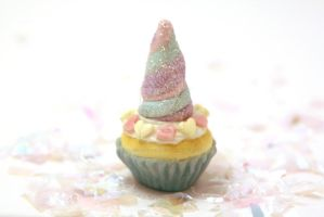 Magical Unicorn Horn Cupcake Charm by ClayConfectionary
