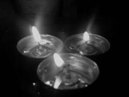 black and white candles by claws202