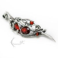 NANTUNVIL  - Silver and Garnet. by LUNARIEEN