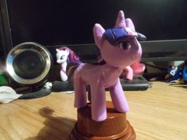 Twilight Sparkle statuette finished 2 by McMesser