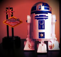 R2D2 Goes To Vegas by kjmaverick