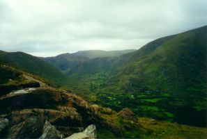 Slieve Mish Mountains by SunOwl