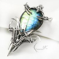 NEAH DRAGNARH Silver and Labradorite by LUNARIEEN
